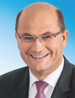 Portrait Minister Fueracker